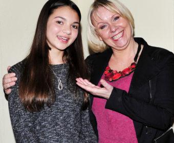 Foto og prat med en ung operasangerinne fra Søgne